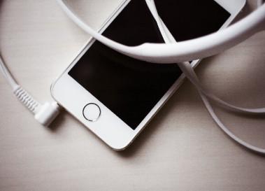 2013年度下半期に購入された携帯の83.7%はスマートフォン他15記事【まとめ】